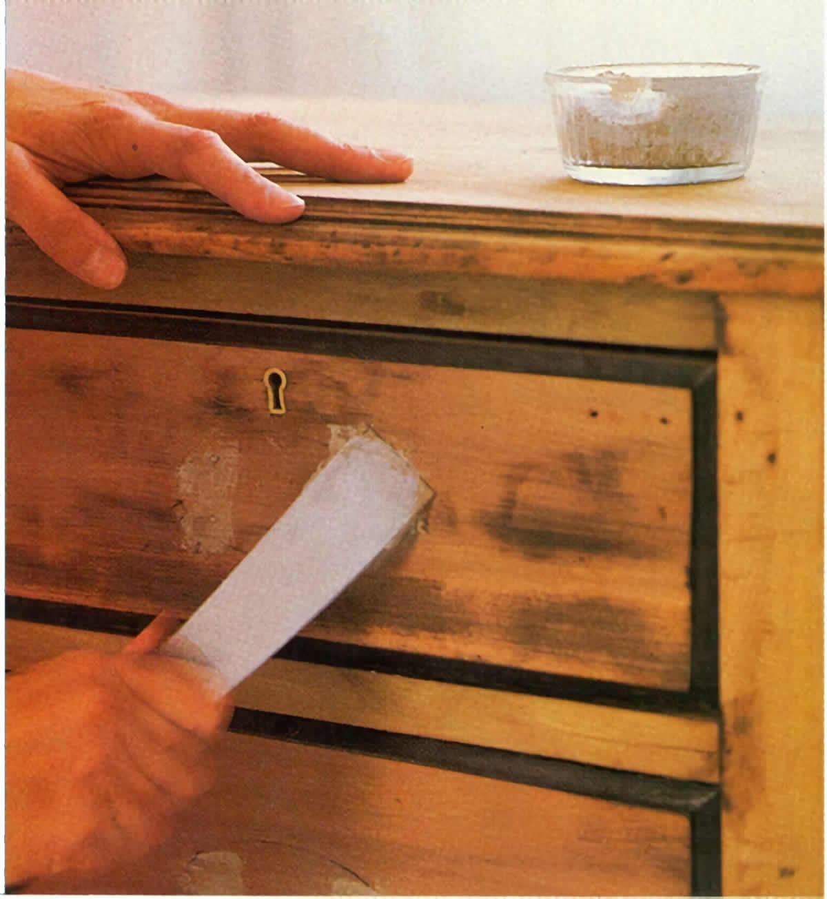 Trucos y t cnicas para restaurar muebles esmihobby - Recuperar muebles viejos ...
